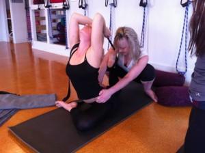 Marina in eka pada rajakapotasana yoga